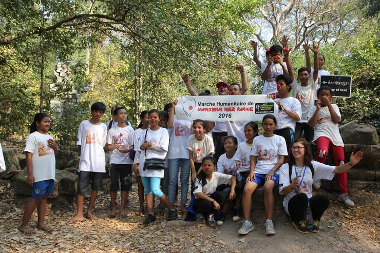 marche-humanitaire-dangkor